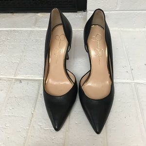 Jessica Simpson Black Leather High heels Pumps.